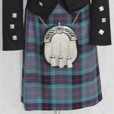 7 Yard Heavy Weight Kilt & Flashes
